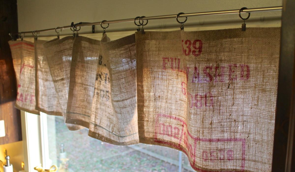 Diy No Sew Curtains Diy No Sew Burlap Curtains The Holliday Collective