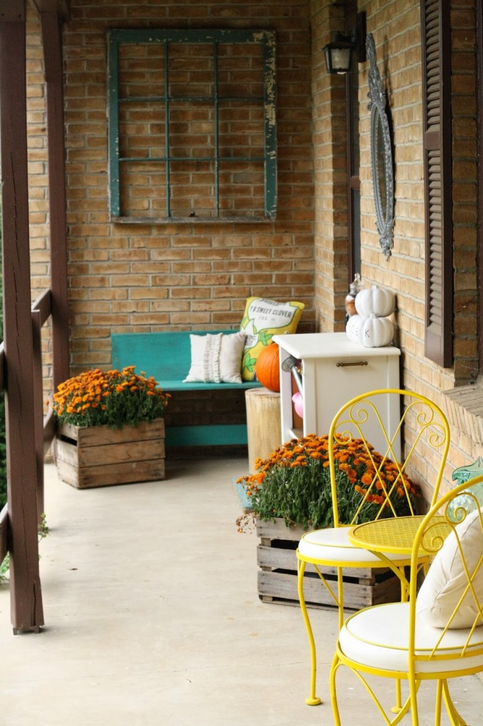 inspiring outdoor spaces, outdoor porch, fall porch