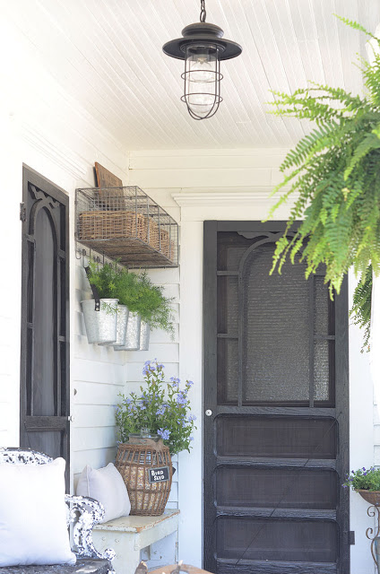 vintage style porch, inspiring outdoor spaces